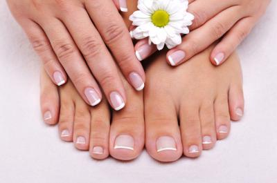 Complimentary Paraffin with Pedicure