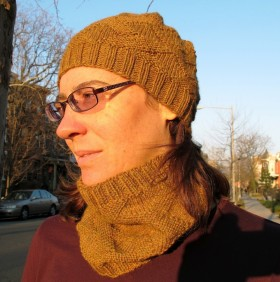 Free Cabot Hat & Cowl Pattern