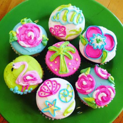 Custom Cakes, Cupcakes & Cookies