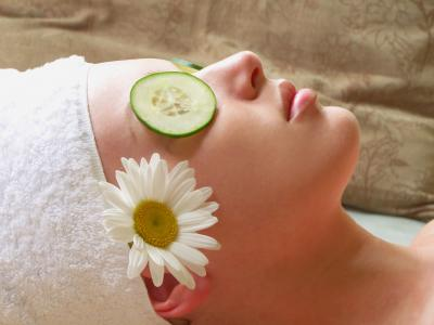 Luxuriate in a Dermalogica Facial!