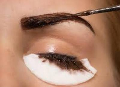 Eyelash & Brow Tinting at Bliss!